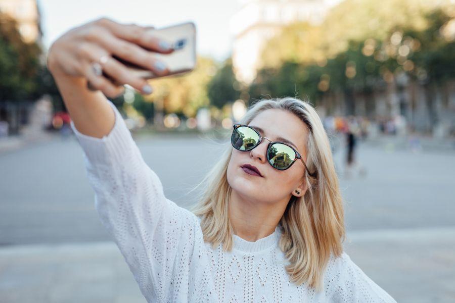 Selfie woman